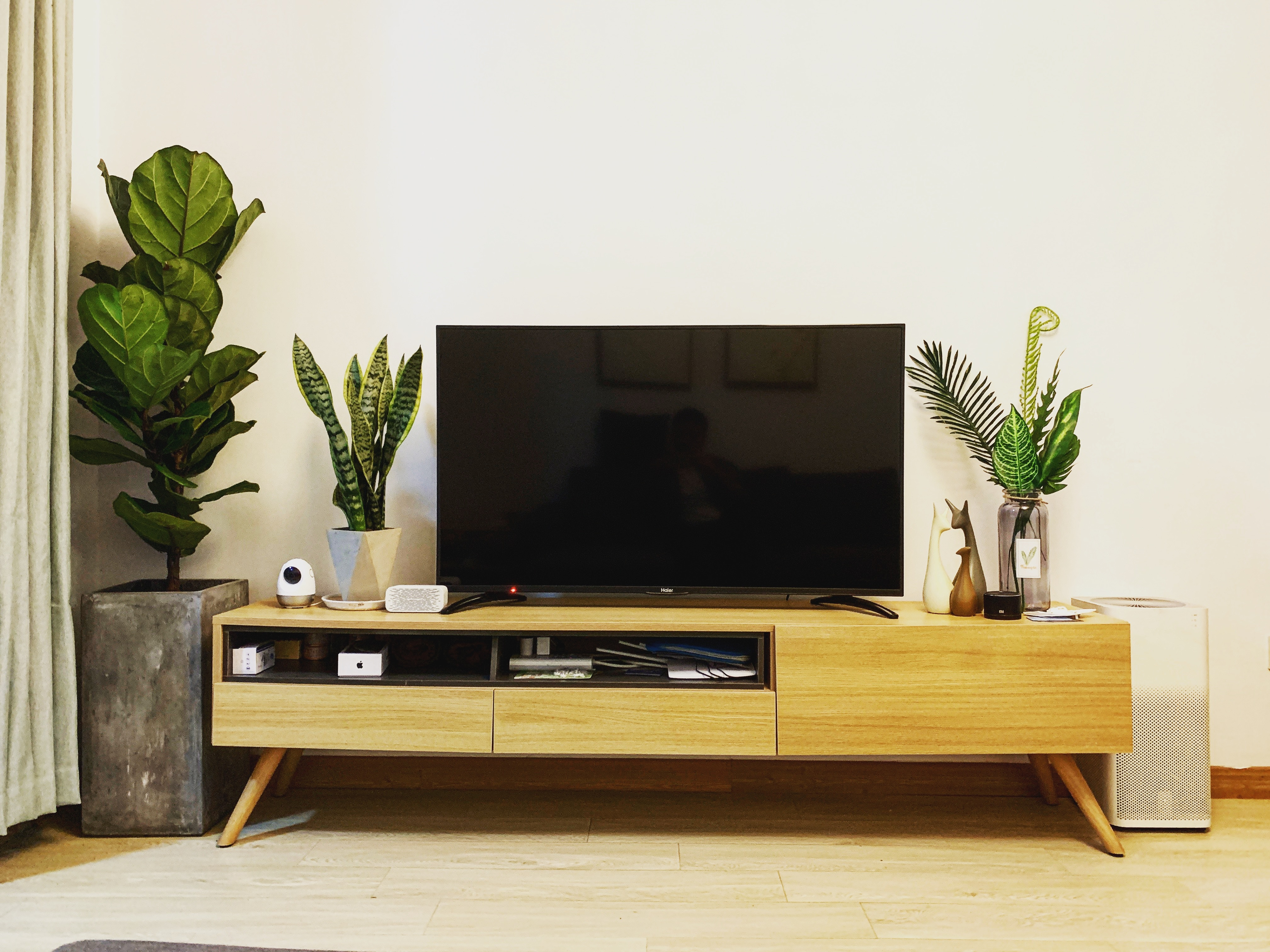 Features to Look For When Buying TV Set